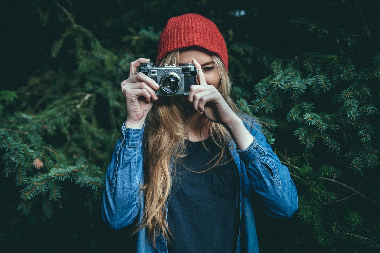 Here's why freelance writers should source photos for their editors
