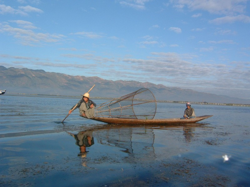 travel writing inle lake